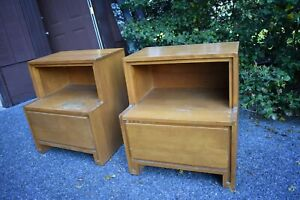 Conant Ball Nightstand Side Table Pair 50 S Mid Century Modern Russel Wright
