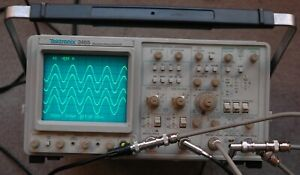 Tektronix 2465 300 Mhz Oscilloscope Calibrated Sn B024975
