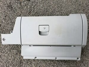 98 08 Vw Volkswagen Beetle Gray Glovebox Glove Box Assembly