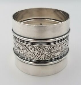 Antique Victorian Silverplate Napkin Ring Floral Leaf Design 1 1 2 X 1 3 4