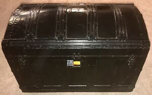 Antique Vintage Victorian Dome Humpback Steamer Trunk