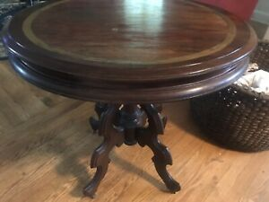 Antique Victorian Walnut Parlor Table
