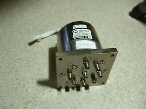 Dowkey 571 430823 1 Sp7t 18 Ghz Sma 28vdc Coax Relay W terms And Indicators