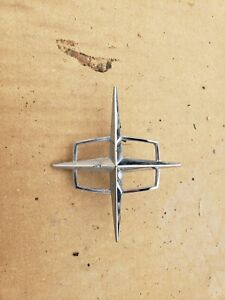 1968 Lincoln Continental Hood Ornament Emblem Original 68 C8vb 8b402 A 14956 1
