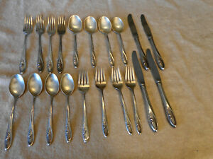 20 Pieces Sterling Silver Flatware Towle 1960 Sculptured Rose 23 Oz Silver