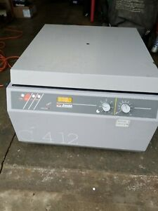 Used Jouan C412 Counter Top Centrifuge C 4 12