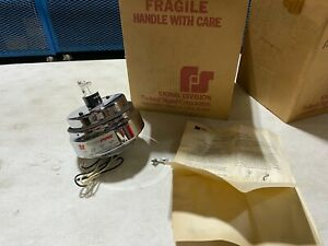 One Federal Signal 131dst Red Star Fire Series A1 Warning Strobe Beacon Nos