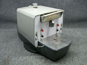 Sorvall Porter blum Mt 2 Ultra microtome 115v 0 25a No Blade Holder powers On