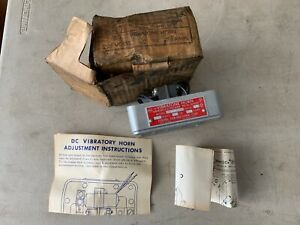 One Vintage Federal Signal Vibratone Horn Model 350 Grey 208v 60hz 08amp Nos