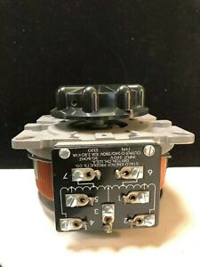 Staco Energy Products Company 2510 240v 50 60hz 10a Variable Transformer