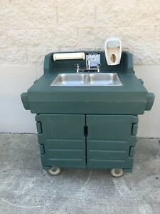 Cambro Portable Hand Wash Sink