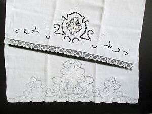 2 Antique Fine Linen Handcrafted Fingertip Guesttowels Embroidery Cutwork Europe