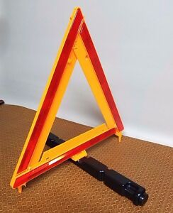 Reflective Triangle Roadside Emergency Easy To Store Collapsible New