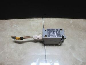 Allen Bradley Limit Switch 802t wsp Cnc Edm