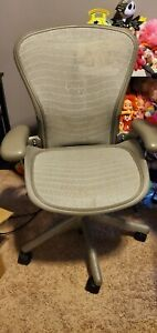 Herman Miller Aeron Office Chair Light Gray Gamer Desk Adjustable Size B