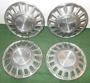 1968 Mustang Fastback Coupe Convertible Sprint Orig Wheel Hub Caps Covers Set