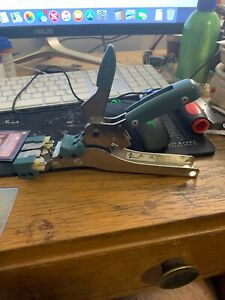Amp 230971 1 Handheld Wire Crimping Tool Good Condition Usa