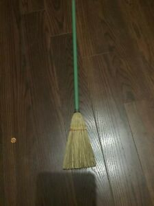 Primitive Early Childs Straw Broom Old Straw And Original Green Paint