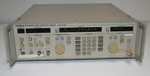 Anritsu Mg3631a Synthesized Signal Generator 10khz To 104mhz used