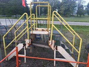 Industrial Crossover Stairs Conveyor Etc 6 Steps Steel W Poly Non Slip Tread