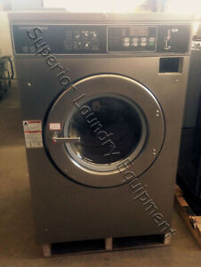 Speed Queen Sc40nc2 Washer extractor 40lb Coin 220v 3ph Reconditioned