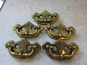 5 Vtg Furniture Drawer Pulls Bail Chippendale Thistle Batwing Canada Cp 2473
