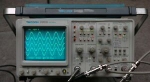 Tektronix 2465b 400 Mhz Oscilloscope Calibrated Sn b058897 30day Warranty