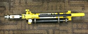 Enerpac P39 10 000 Psi Single Action Hand Pump
