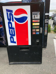 2 X Pepsi Vendo 322 7 Soda Vending Machine Accepts Coins Only