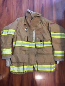 Firefighter Globe Turnout Bunker Coat 39x32 G xtreme 2006 No Cut Out
