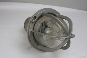 Crouse hinds C 12306 Industrial Light Fixture