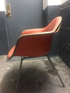 Authentic Orange Naugahyde Herman Miller Eames Zenith Fiberglass Shell Chair
