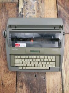 Brother Sx 4000 Electronic Typewriter W Lcd Display Dictionary