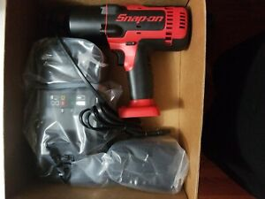 Snap On Ct8850 18v 1 2 Drive Impact Wrench 2 Batt Charger And Bag Brand New