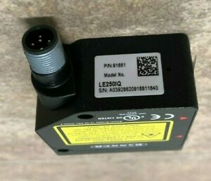 Banner Engineering Le250iq Laser Displacement Sensor