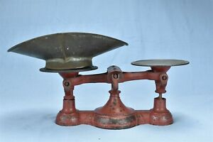 Antique Fairbanks Country Store Scale Red Paint Unusual Center Balance 08023