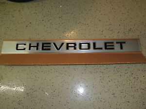 Nos 88 97 Chevy Chevrolet Truck Tailgate Molding Trim Panel