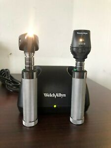 Welch Allyn Diagnostic Desk Set W Coaxial Ophthalmoscope Otoscope Charger