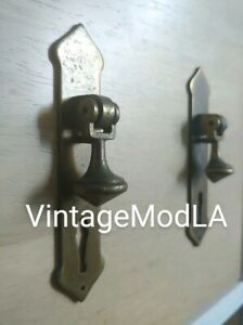 Rare Vintage Thomasville Dresser Nightstand Table Brass Door Drop Pulls Handles