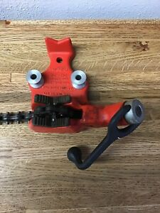 Ridgid Bc210 Bench Chain Vise 1 8 2 1 2 Chain Pipe Vise Bender Bench Mount Cc1