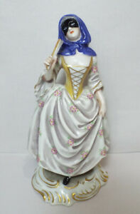 Vintage Ginori Capodimonte Lady Masquerade Figurine Perfect Porcelain Crown N