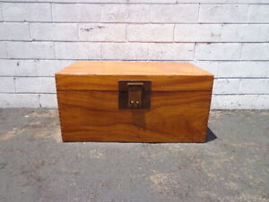 Antique Wood Trunk Asian Inspired Coffee Table Hope Chest Blanket Bed Bench