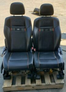 2011 Jeep Front Leather Bucket Seats 70th Anniversary Nice L k