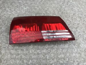 04 05 Toyota Sienna Left Driver Side Inner Trunk Deck Lid Mounted Tail Light Oem
