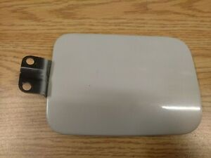 1999 2003 Mitsubishi Galant Fuel Filler Door Assembly Gas Lid 99 03 Off White