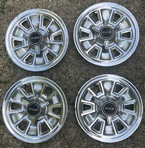 1967 Pontiac Gto Lemans 14 Inch Spinner Wheel Covers Hubcaps