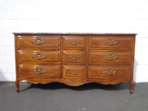 Dresser Thomasville French Provincial Tv Media Table Chest Drawers Console