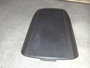 10 15 Camaro Ss Center Console Arm Rest Aa6469