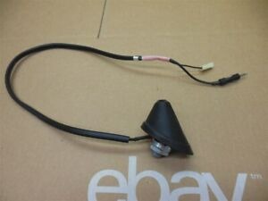 2004 Toyota Corolla Matrix Roof Antenna Amplifier Base 86300 01080 Vibe