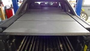 3 Piece Hard Tonneau Cover With Latches Fits 03 06 Avalanche 1500 624851